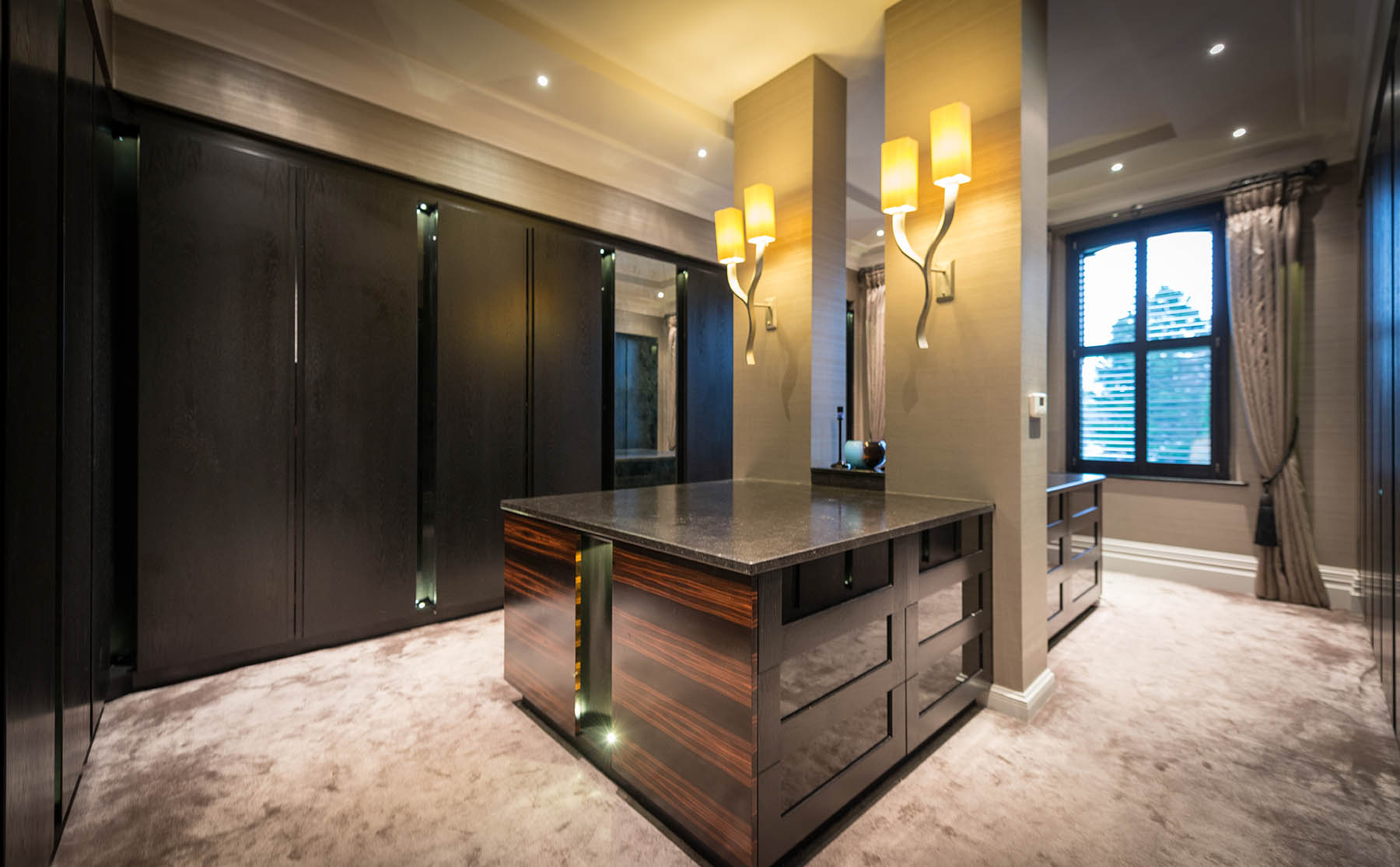 Zen Kitchen Zen Dressing Room In Black Oak Macassar Ebony Acanthus