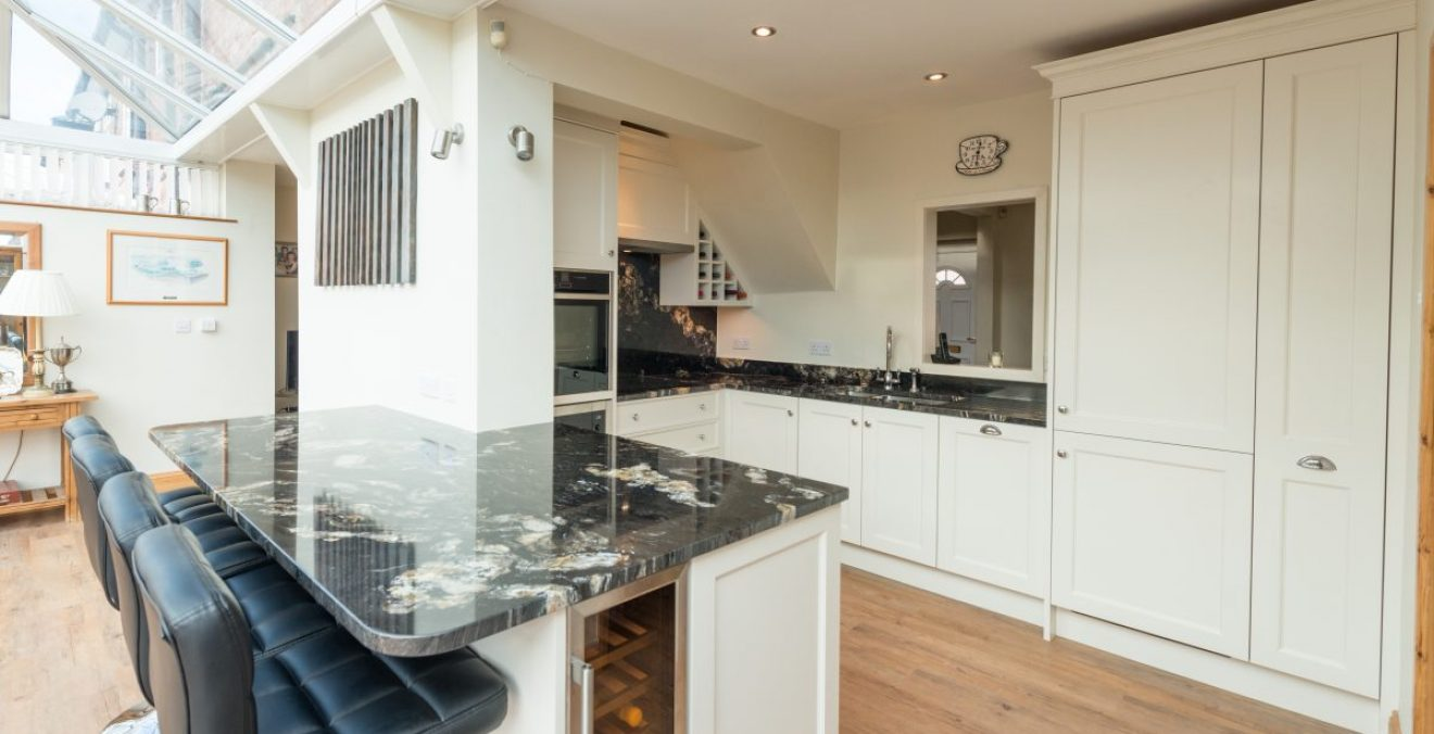 35b3917ed English Classic Traditional Kitchen Painted in Farrow & Ball Slipper ...
