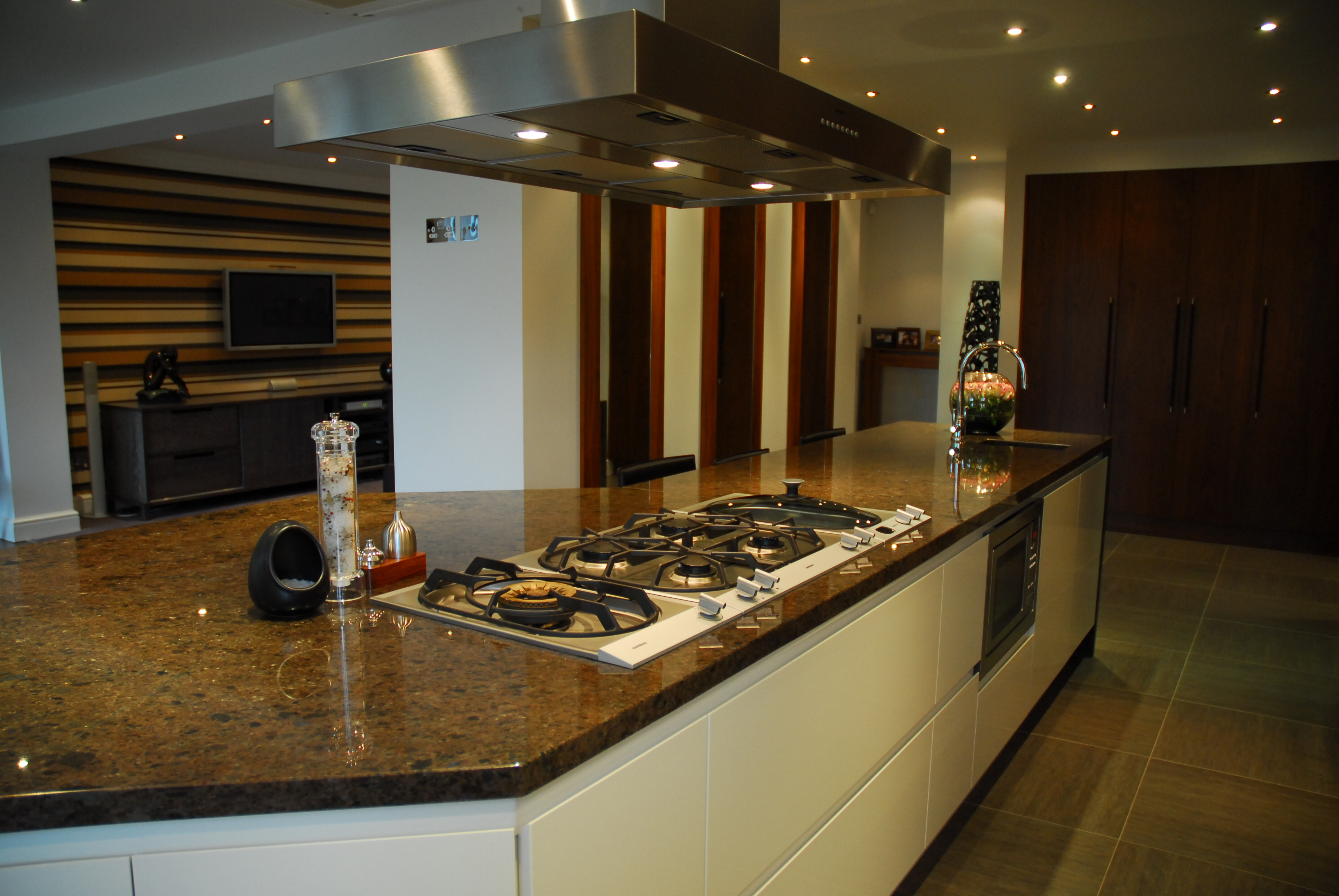 Milano Kitchens Altrincham by Acanthus Design