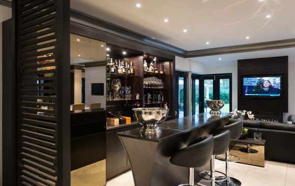 Zen Kitchen, Bar, Drinks Cabinet, Entertaining Area, Walnut, Handless, Granite, Sleek, Designer