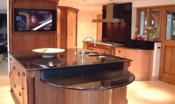 Barcelona Bespoke Solid Oak Kitchen Featuring Oak, Walnut & Burr Timbers by Acanthus Design